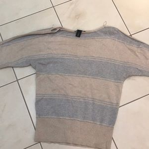 Sparkly sweater white black house size small